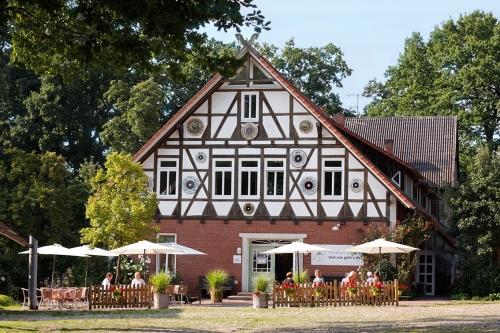 die FloraFarm mit dem Ginseng-Cafe für Reisegruppen in der Lüneburger Heide