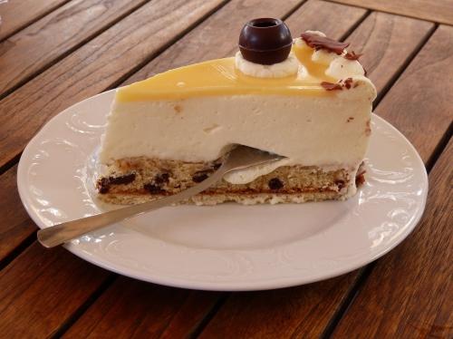 selbstgebackener Kuchen im Ginsengcafe von FloraFarm Ginseng in Bockhorn